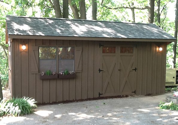 10'x20' Quaker Shed with Board & Batten Siding / Mushroom Stain / 